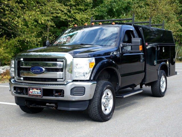 2013 Ford F-350 Super Duty Chassis XLT 4WD