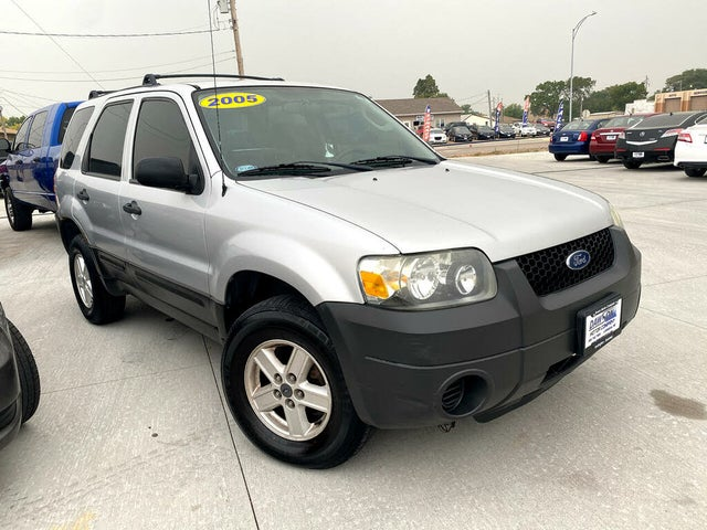 2005 Ford Escape XLS AWD
