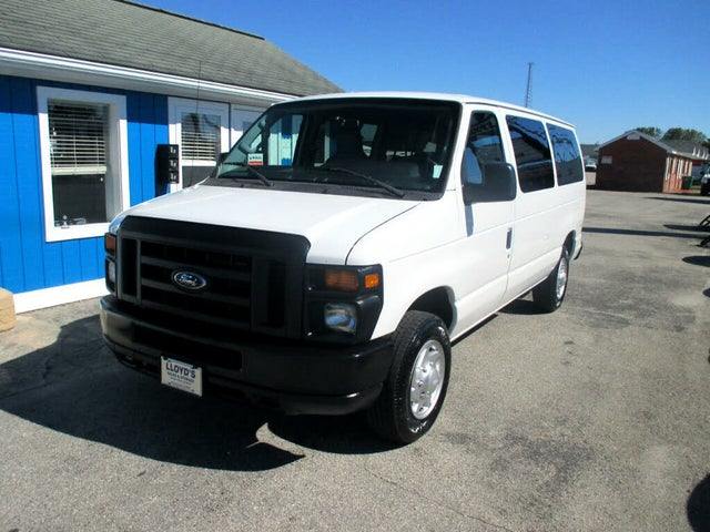 2012 Ford E-Series E-150 XL Passenger Van
