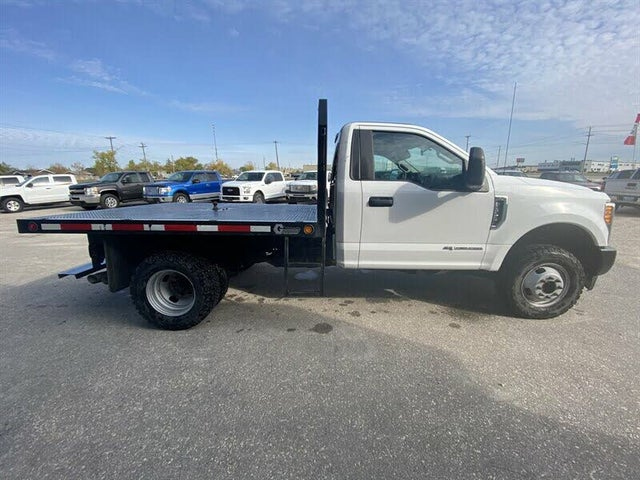 2017 Ford F-350 Super Duty Chassis XL DRW LB 4WD