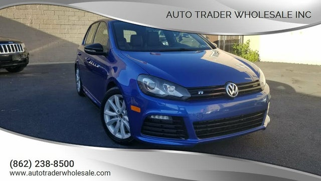 2013 Volkswagen Golf R 4-Door AWD with Sunroof and Navigation