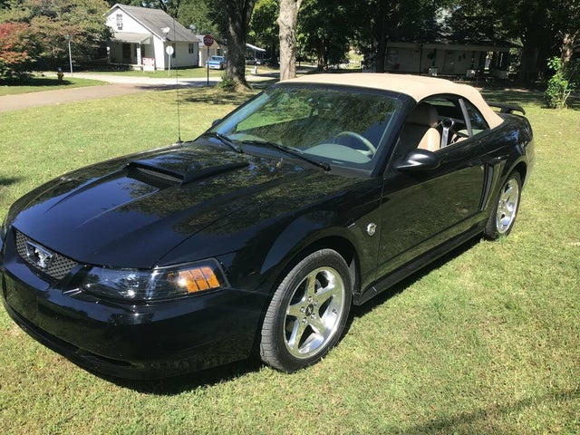2004 Ford Mustang GT Premium Convertible RWD