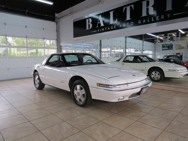 1990 Buick Reatta Coupe FWD