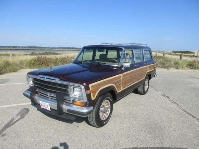 1988 Jeep Grand Wagoneer 4 Dr STD 4WD SUV