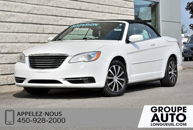 2011 Chrysler 200 Touring Convertible FWD