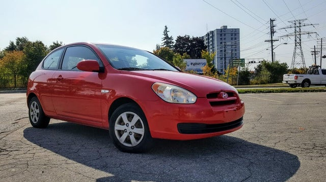 2009 Hyundai Accent GL 2-Door Hatchback FWD