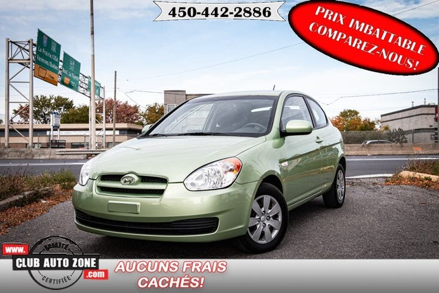 2010 Hyundai Accent GL 2-Door Hatchback FWD
