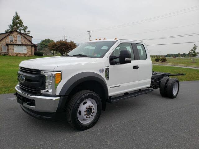 2017 Ford F-450 Super Duty XL Crew Cab LB DRW 4WD