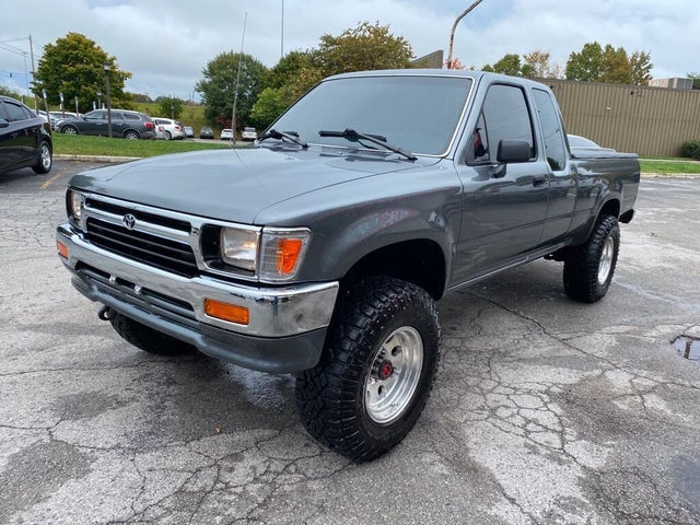 1992 Toyota Pickup 2 Dr Deluxe 4WD Extended Cab SB