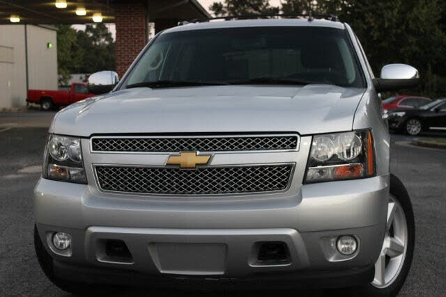 2013 Chevrolet Avalanche LS Black Diamond Edition 4WD