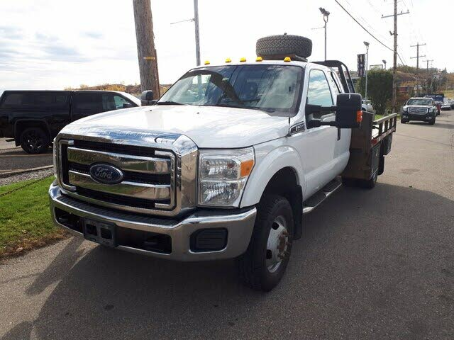 2015 Ford F-350 Super Duty Chassis XL SuperCab DRW 4WD