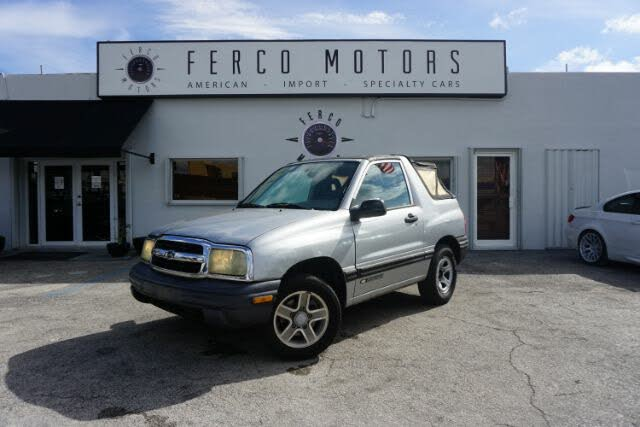 2003 Chevrolet Tracker 2-Door Soft Top RWD