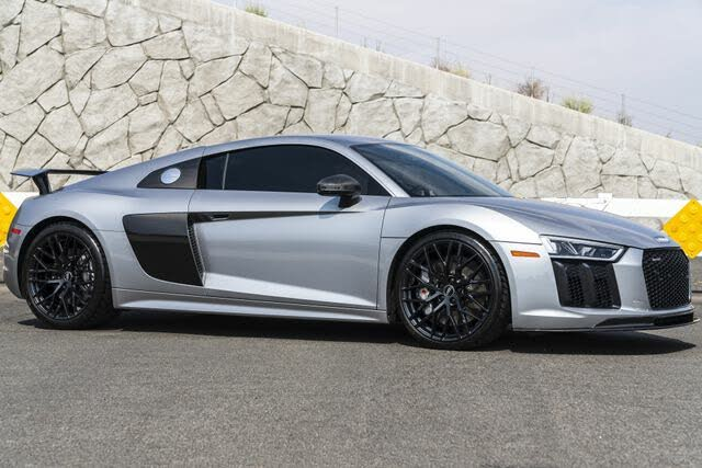 2017 Audi R8 quattro V10 Plus Coupe AWD