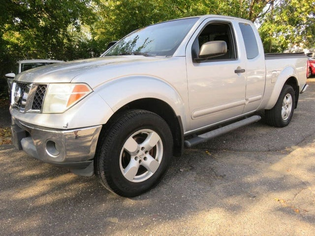 2005 Nissan Frontier 4 Dr LE 4WD King Cab SB