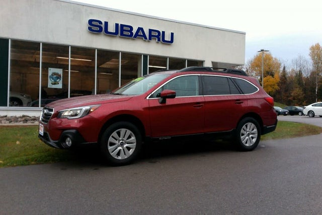 2018 Subaru Outback 2.5i Touring AWD with EyeSight Package