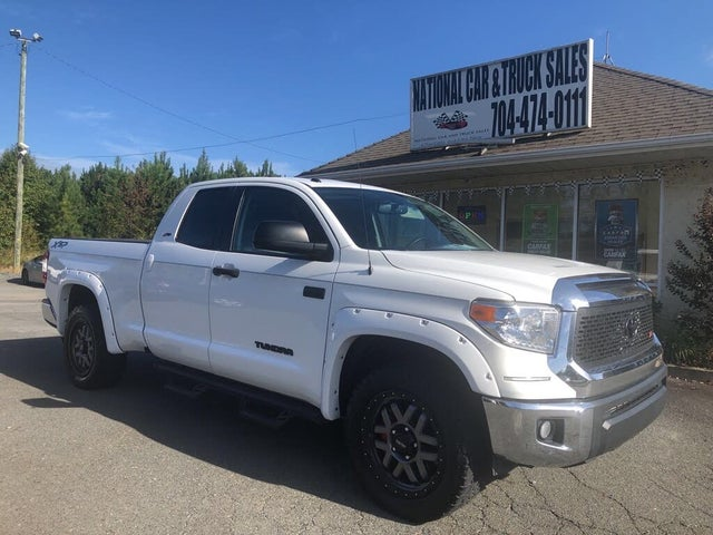 2017 Toyota Tundra Limited Double Cab 5.7L FFV 4WD