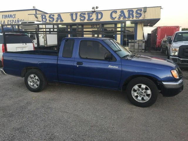 1999 Nissan Frontier 2 Dr XE Extended Cab SB