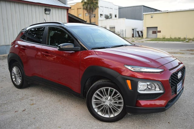 2018 Hyundai Kona SEL FWD with Contrast Roof