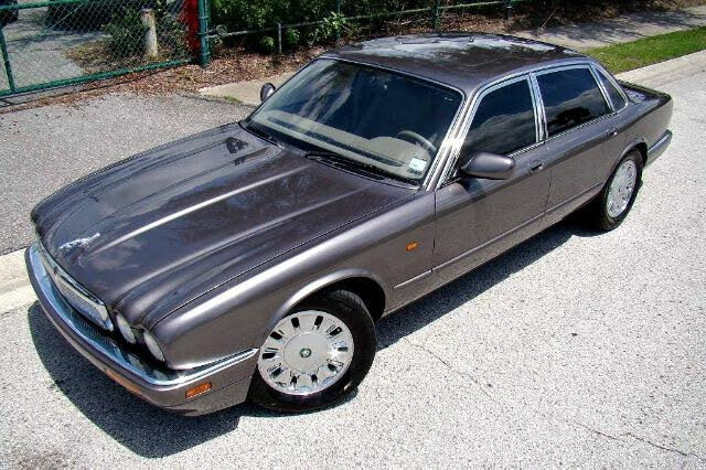 1995 Jaguar XJ-Series XJ6 Sedan RWD