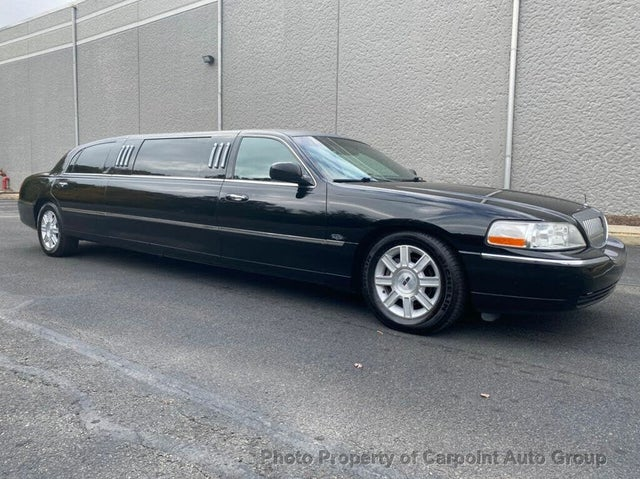 2009 Lincoln Town Car Executive