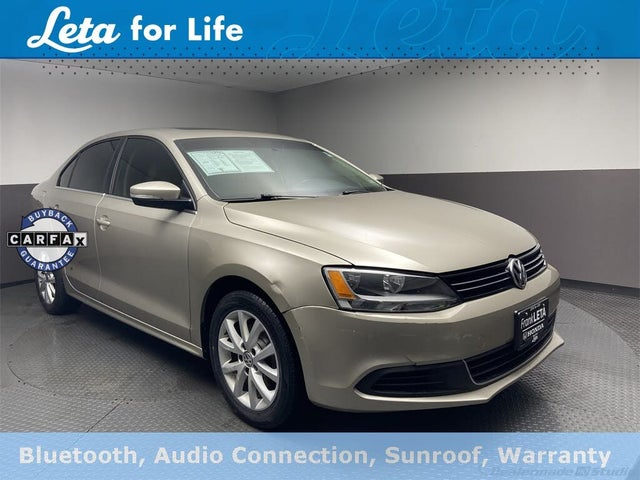 2013 Volkswagen Jetta SE with Conv and Sunroof