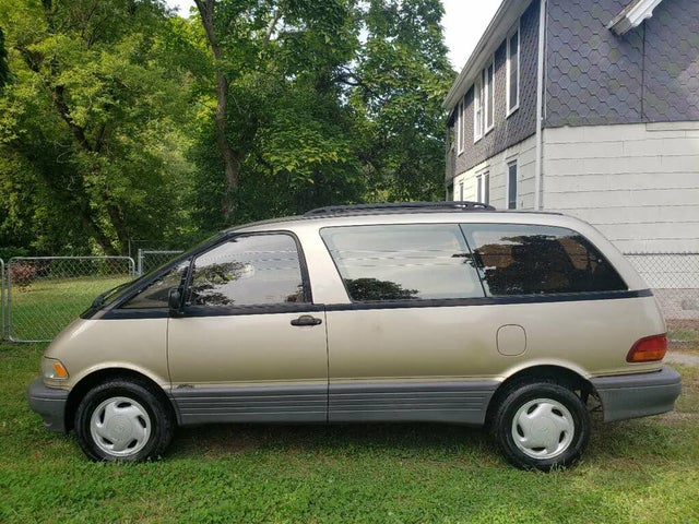 1996 Toyota Previa 3 Dr LE All-Trac Supercharged AWD Passenger Van
