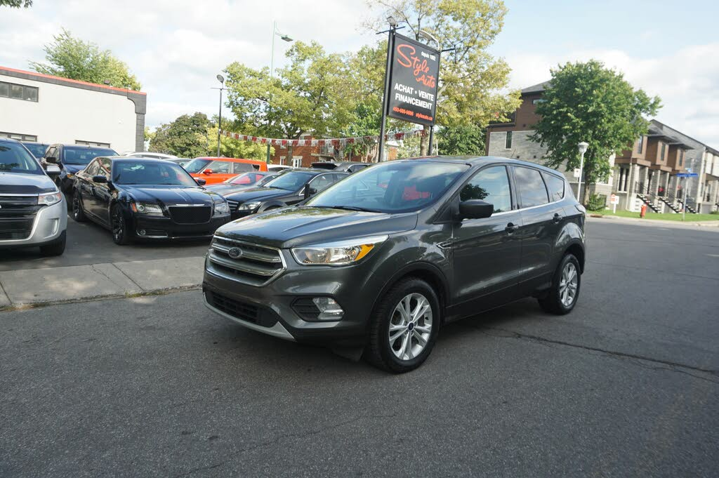 2017 Ford Escape SE FWD complet