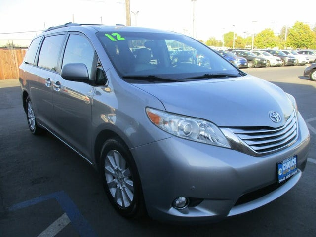 2012 Toyota Sienna Limited 7-Passenger AWD