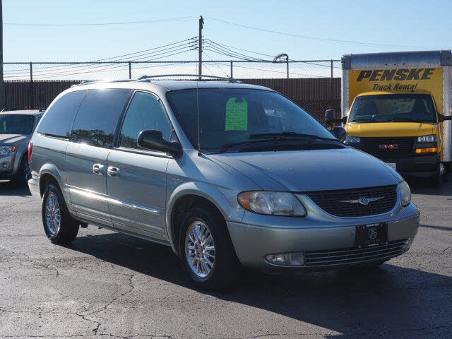 2004 Chrysler Town & Country Limited LWB FWD