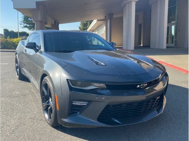 2017 Chevrolet Camaro 1SS Coupe RWD