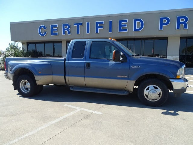 2004 Ford F-350 Super Duty Lariat SuperCab LB DRW