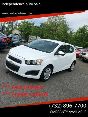 2013 Chevrolet Sonic LT Sedan FWD