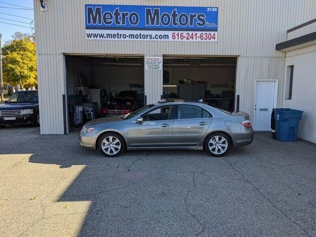 2010 Acura RL SH-AWD with Technology Package