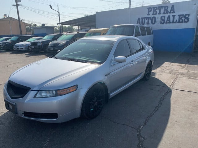 2005 Acura TL FWD with Performance Tires