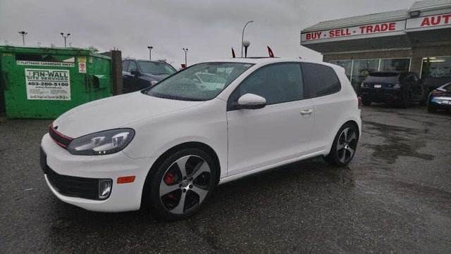 2013 Volkswagen GTI 2.0T 2-Door FWD with Sunroof and Navigation