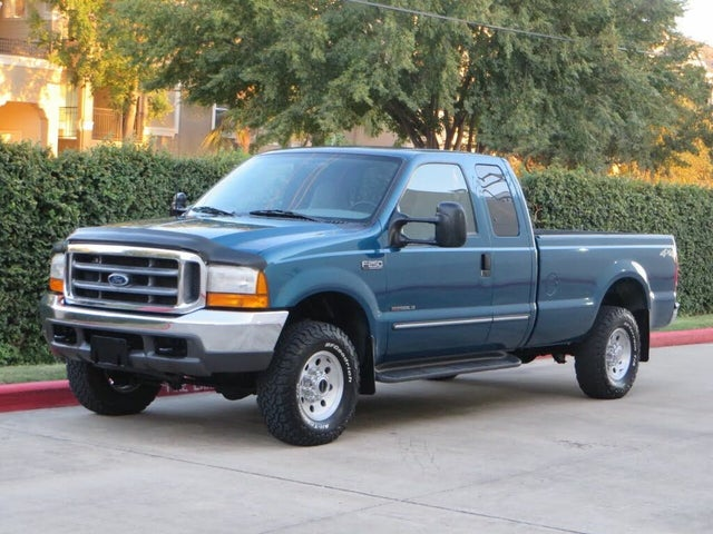 2000 Ford F-250 Super Duty XLT 4WD Extended Cab LB