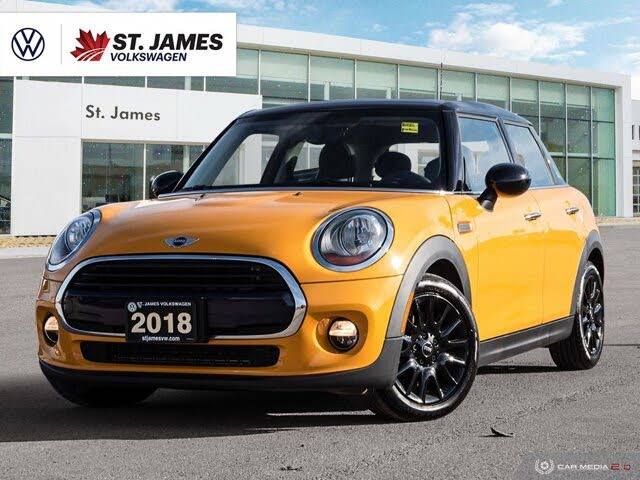 2018 MINI Cooper 4-Door Hatchback FWD