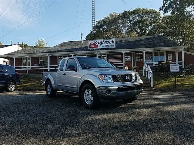 2006 Nissan Frontier SE 4dr King Cab SB with automatic