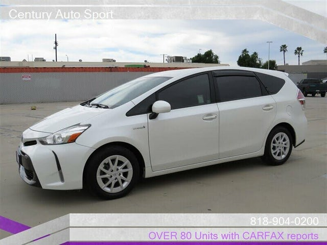 2015 Toyota Prius v Five FWD