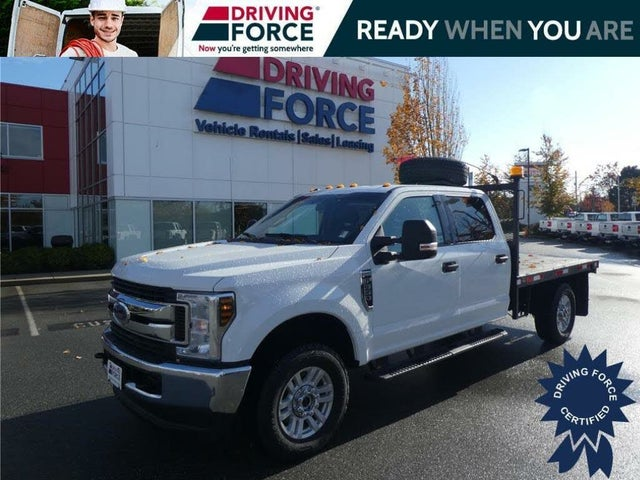 2018 Ford F-350 Super Duty Chassis XLT Crew Cab 4WD