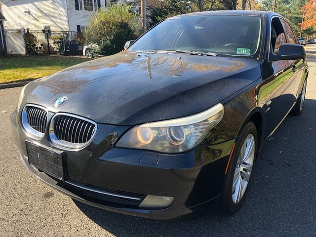 2010 BMW 5 Series 528i xDrive Sedan AWD