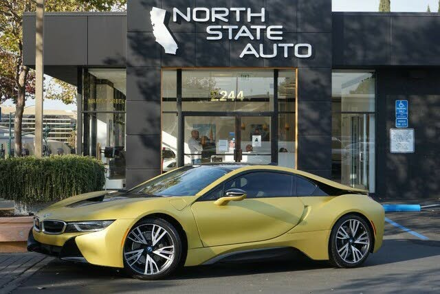 2017 BMW i8 Coupe AWD
