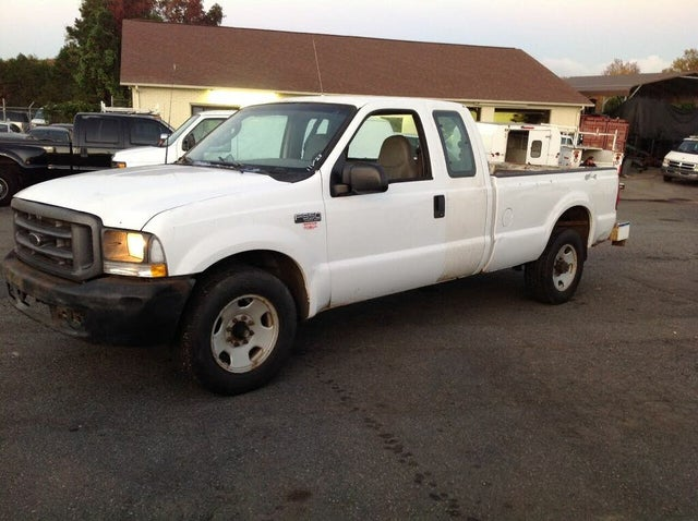 2003 Ford F-350 Super Duty XL Extended Cab LB
