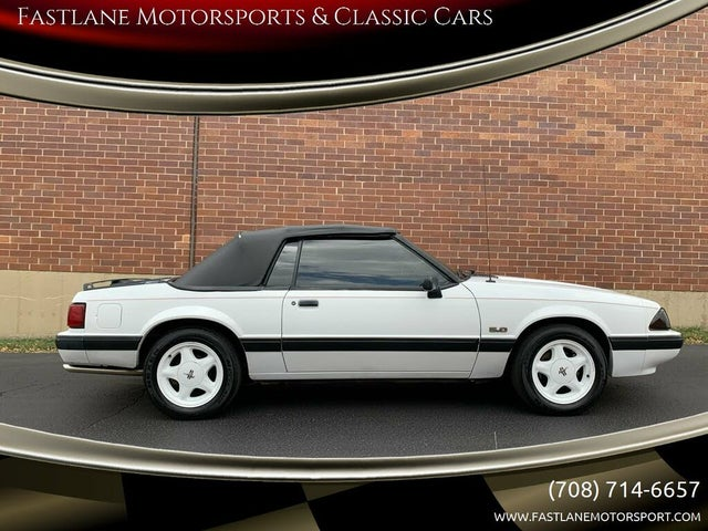 1990 Ford Mustang LX 5.0 Convertible RWD