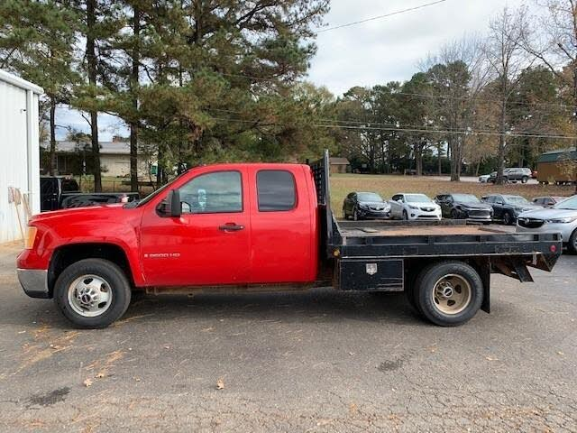 2009 GMC Sierra 3500HD SLE Ext. Cab 161.5 in. 4WD Chassis