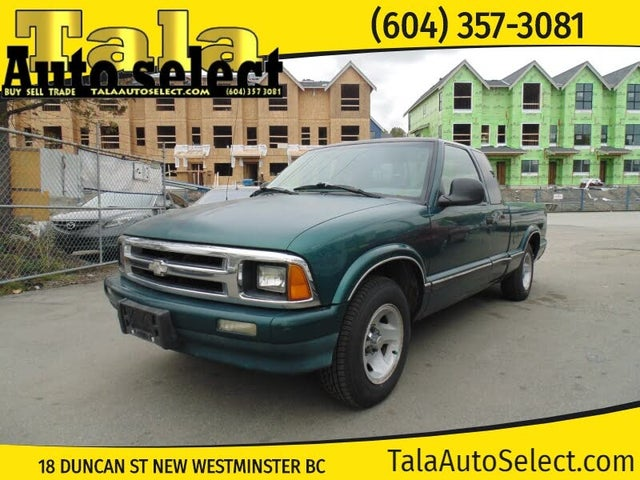1997 Chevrolet S-10 LS Extended Cab RWD