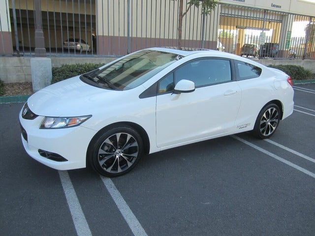 2013 Honda Civic Coupe Si with Summer Tires