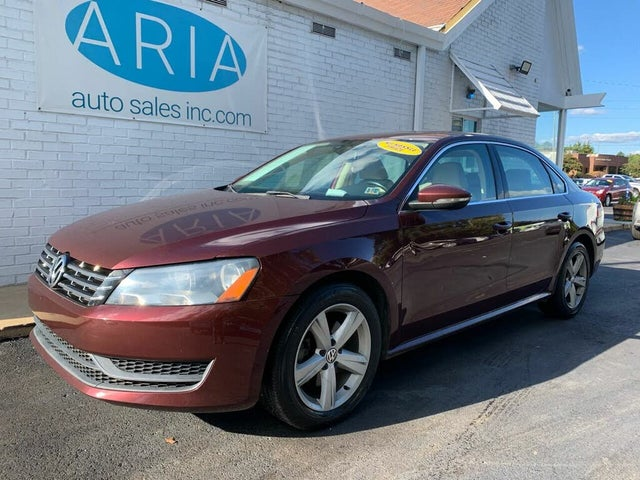 2012 Volkswagen Passat TDI SE with Sunroof