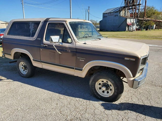 1982 Ford Bronco STD 4WD