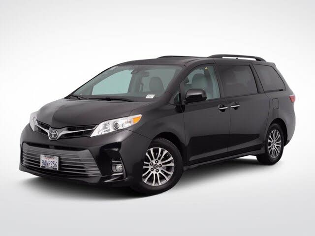 2018 Toyota Sienna XLE 7-Passenger FWD with Auto-Access Seat